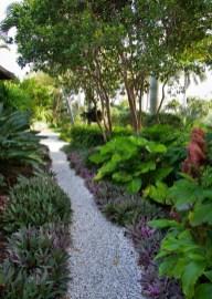 Outdoor Walkway 14