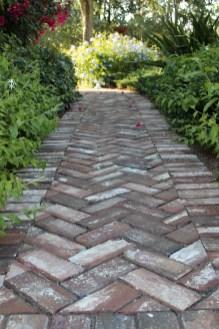 Outdoor Walkway 142