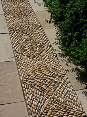 Outdoor Walkway 48