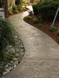 Outdoor Walkway 87