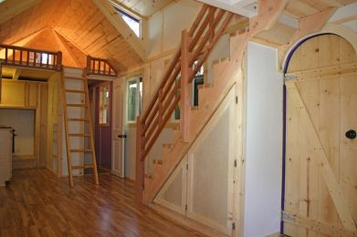 Tiny House Mansion 147