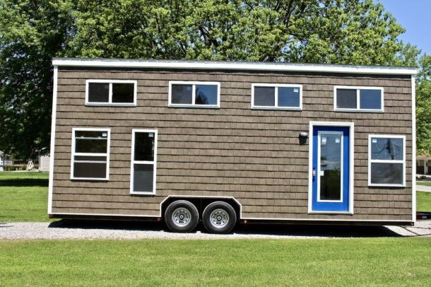Tiny House Mansion 153