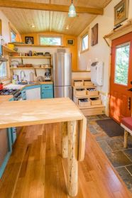 Tiny House Mansion 26