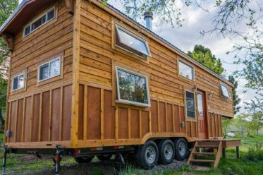 Tiny House Mansion 48