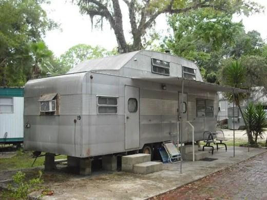 Camper Vans Caravans 40