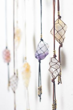 Decorative Wall Hangings 39