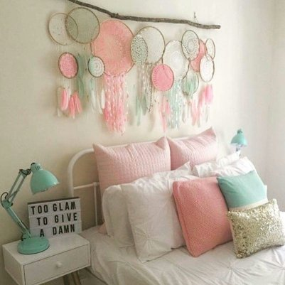 Decorative Wall Hangings 74