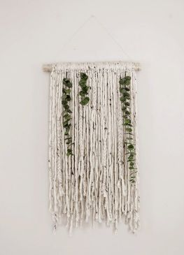 Decorative Wall Hangings 85