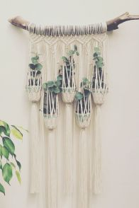 Decorative Wall Hangings 98