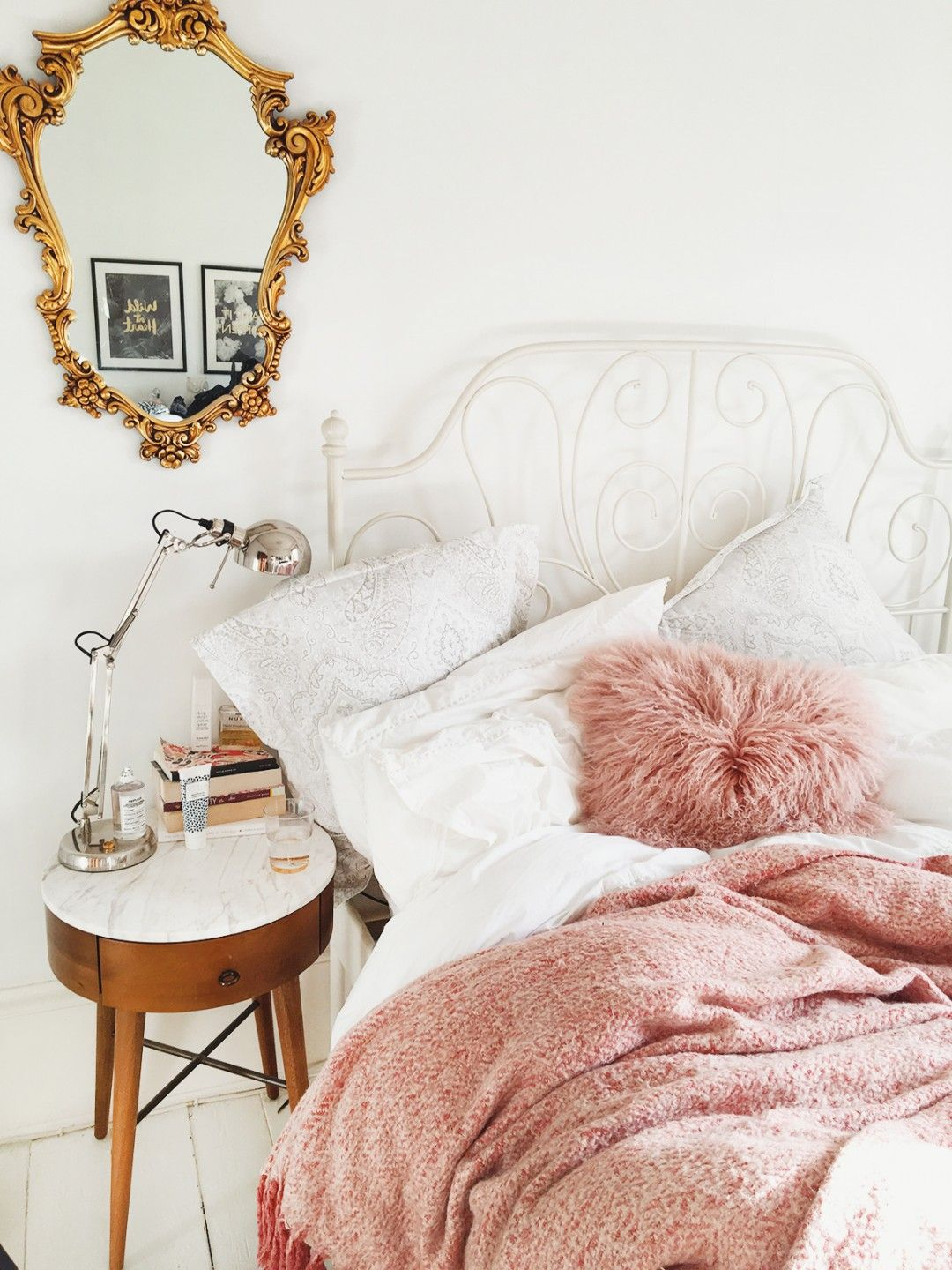 Good Pink White And Gold Bedroom 6