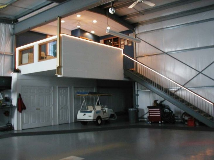 Airplane Hangar 23