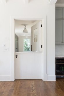 Dutch Door 19