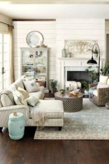 Farmhouse Living Rooms 18
