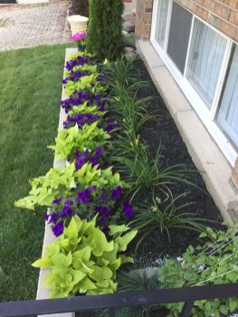 Flower Beds In Front Of House 7