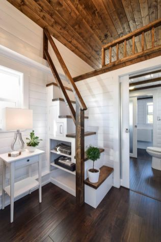 Tiny House Stairs 11