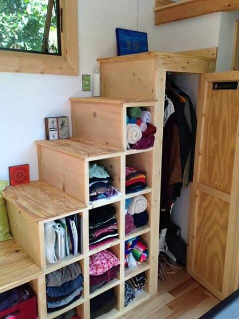 Tiny House Stairs 14