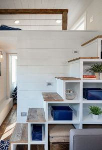 Tiny House Stairs 24
