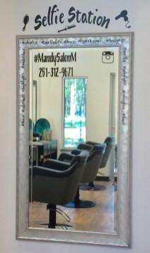 Beauty Salon Design 15