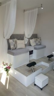 Beauty Salon Design 3