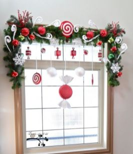 Christmas Office Decorations 15