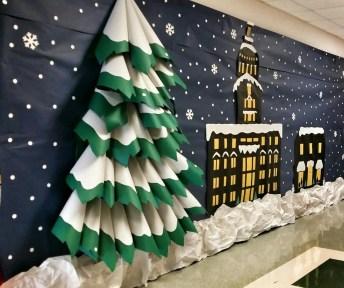 20 Office Christmas Decorating Ideas - decoratoo