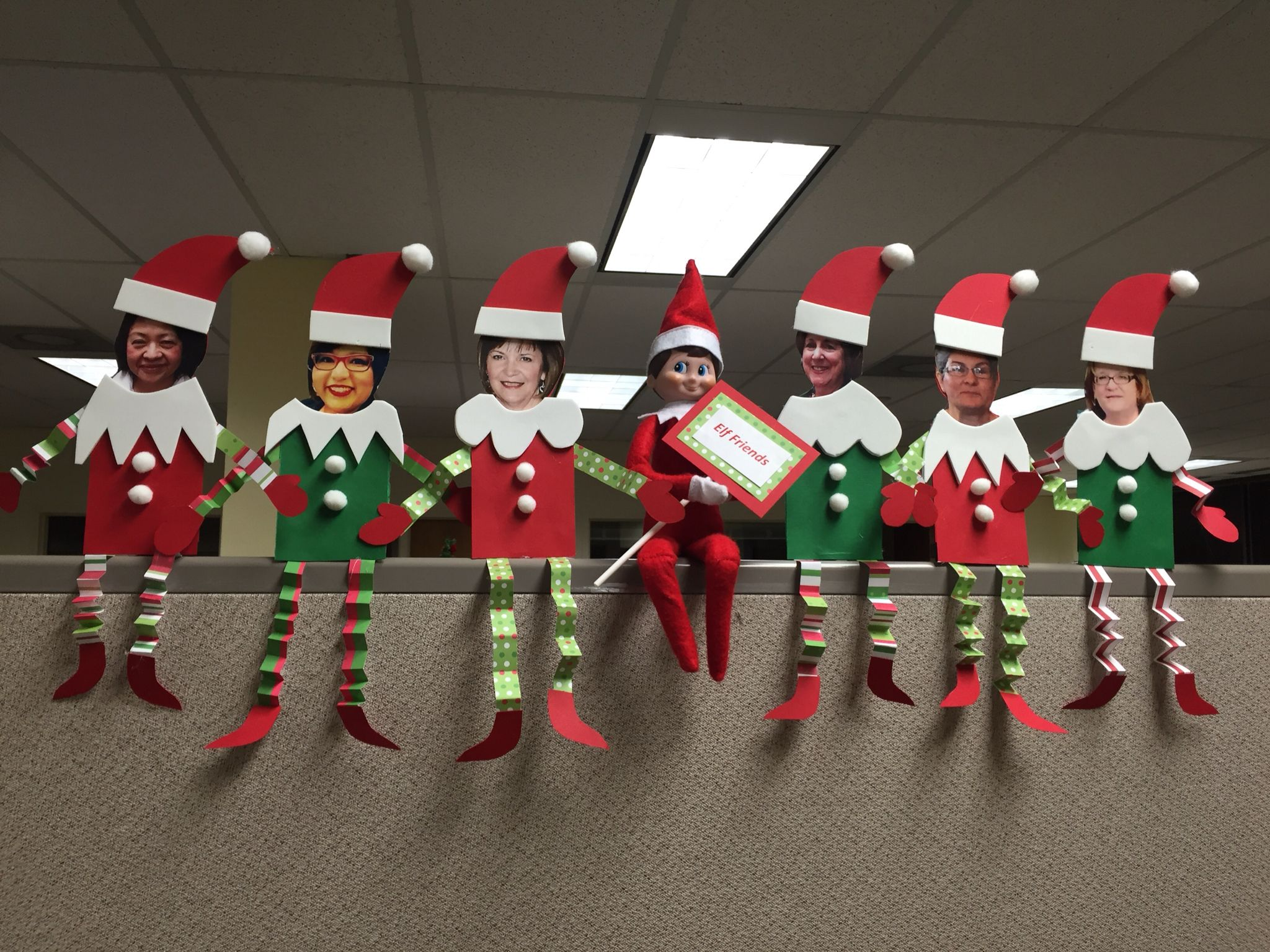 office decorations. Christmas Office Decorations 31