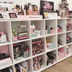 Glam Makeup Room 12