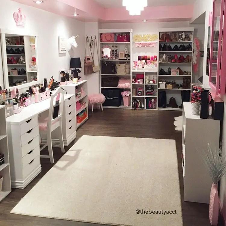 Glam Makeup Room 16 - Decoratoo on Make Up Room Ideas  id=64544
