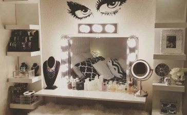 Glam Makeup Room 9