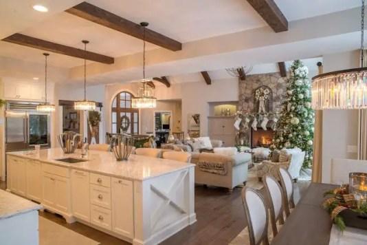 Lake House Christmas 2