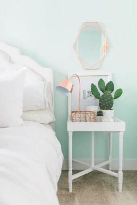 Mint Room 24
