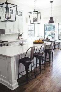 Modern Farmhouse Kitchen 8