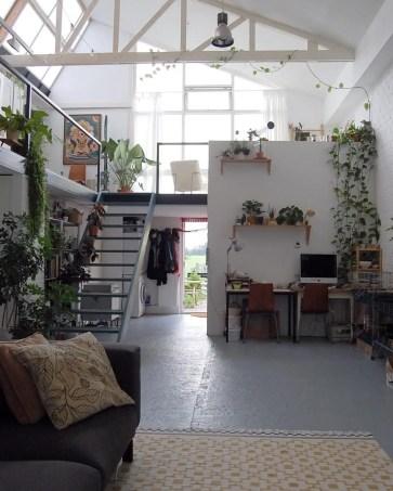 Natural Light Home 19