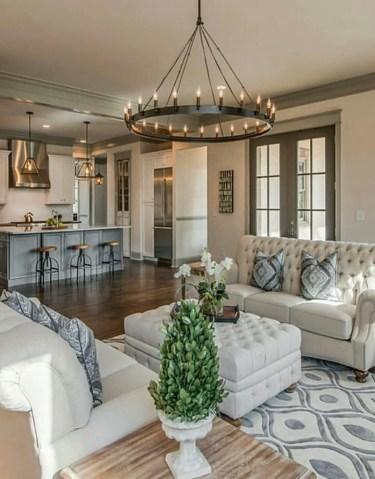 Renaissance Living Room 10