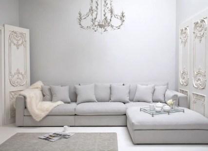Renaissance Living Room 21