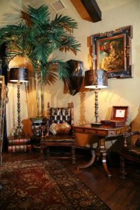 Renaissance Living Room 28