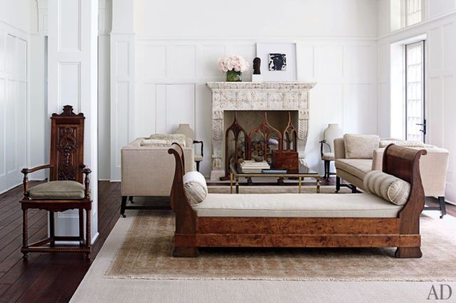 Renaissance Living Room 39