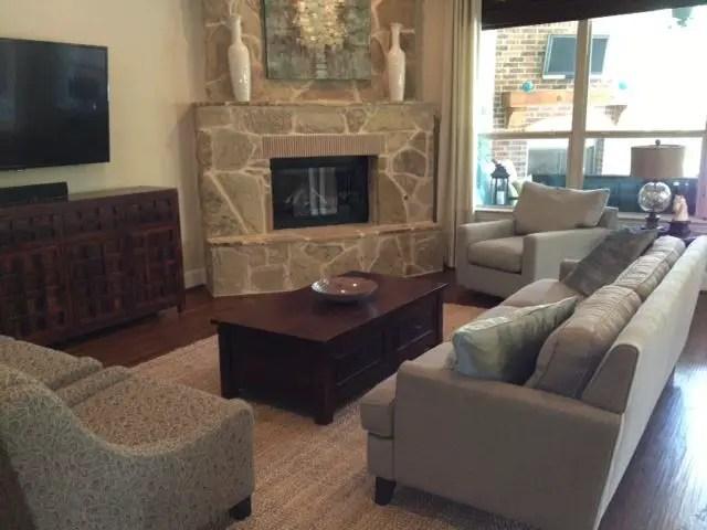 Renaissance Living Room 7