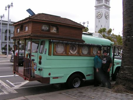 25 Simple Short Bus Conversion Inspiration - decoratoo