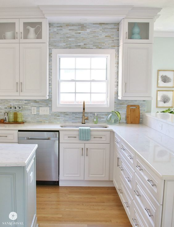 White Kitchens 12