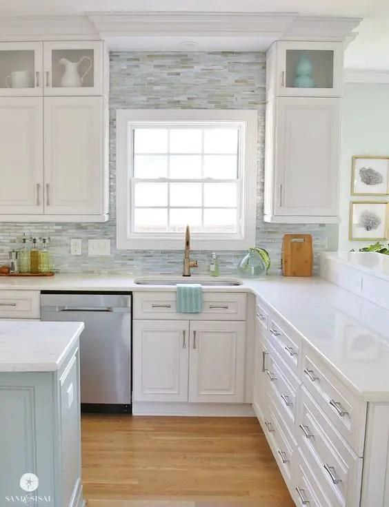 White Kitchens 12