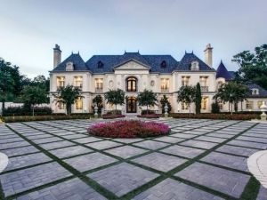 French Chateaux 1 Result