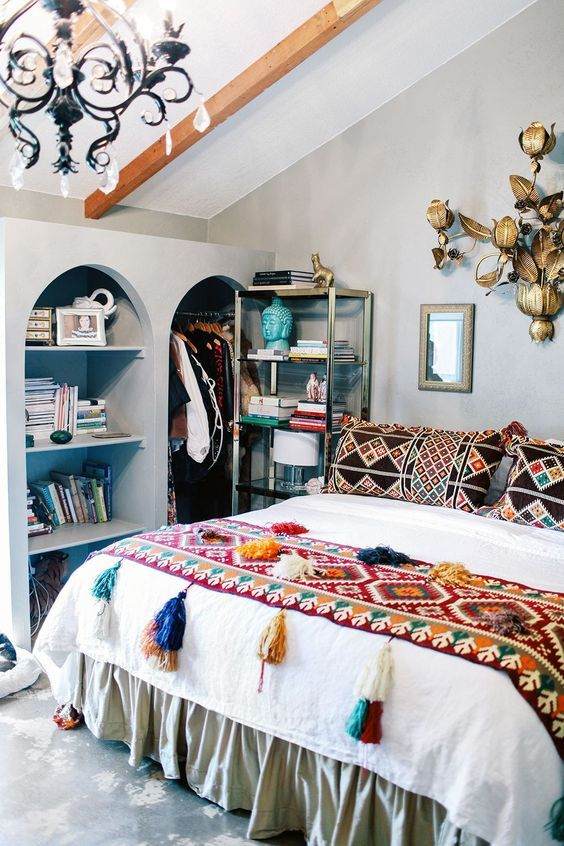 12 Beautiful Inspired Boho Bedroom Decorating On A Budget ... on Bohemian Bedroom Ideas On A Budget  id=38744