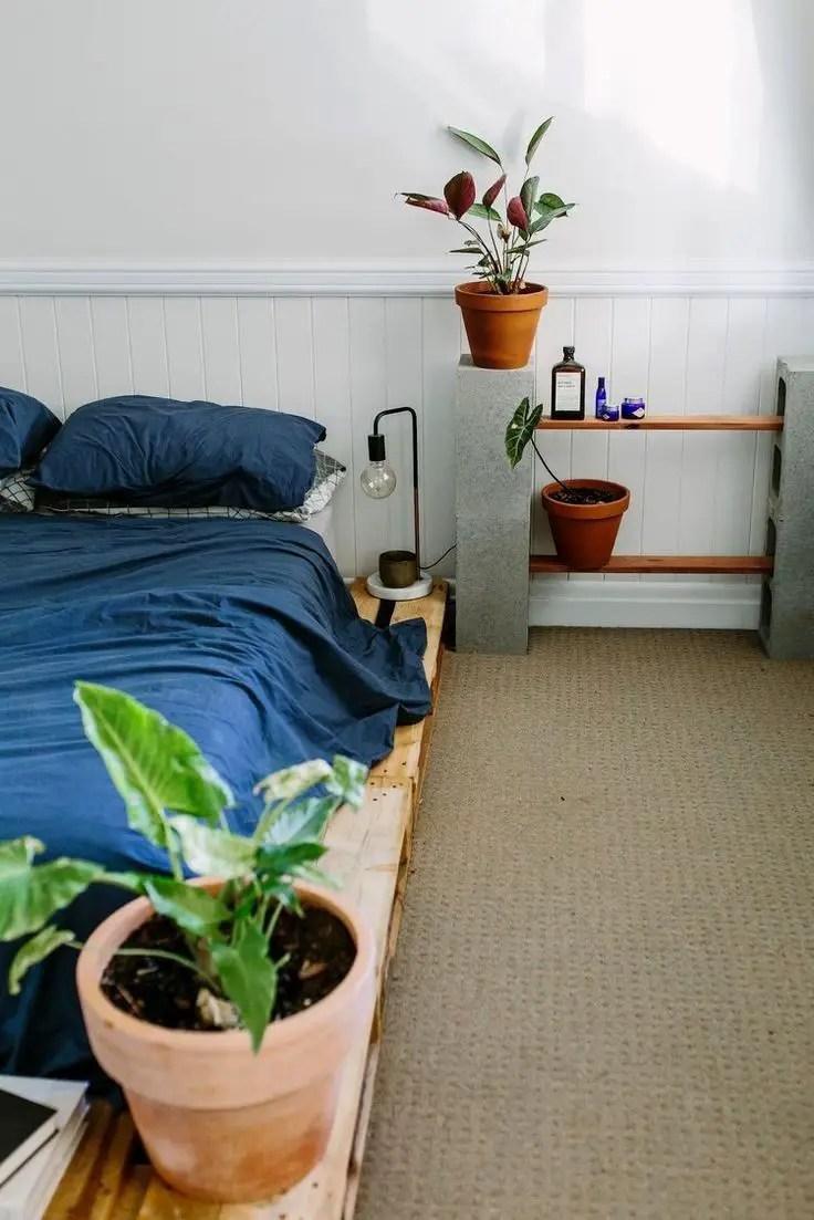 07Interior Pallet Furniture