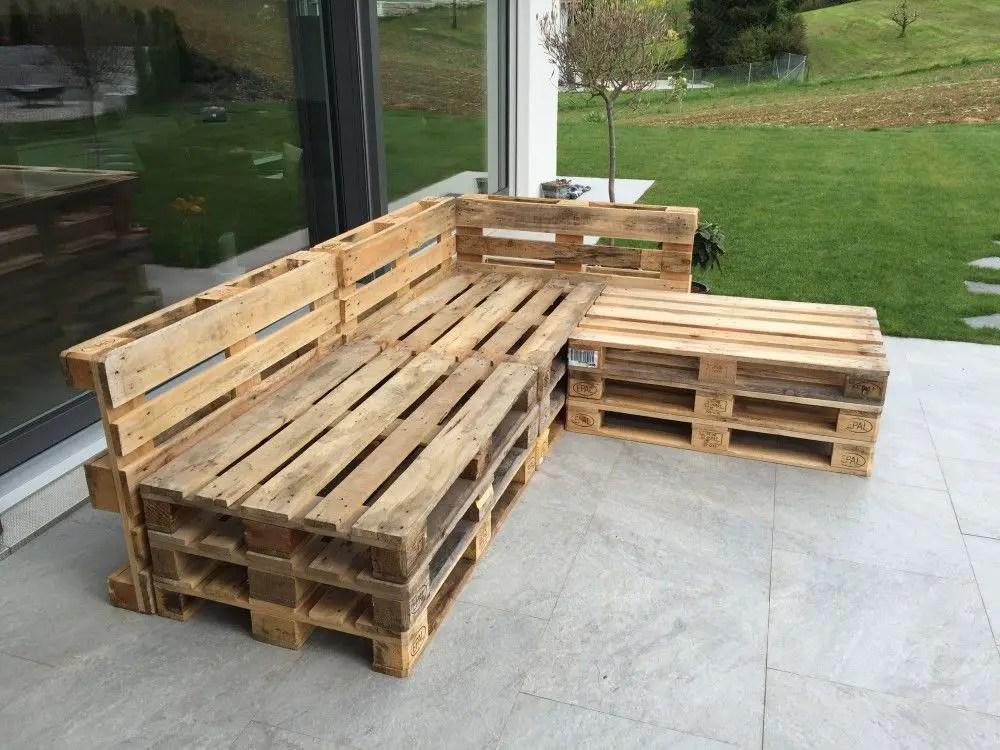 Wooden Pallets Sofa 10