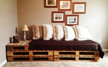 Wooden Pallets Sofa 14
