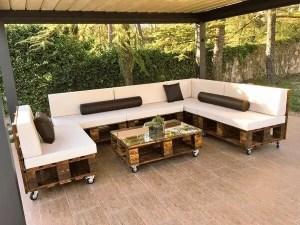 Wooden Pallets Sofa 2