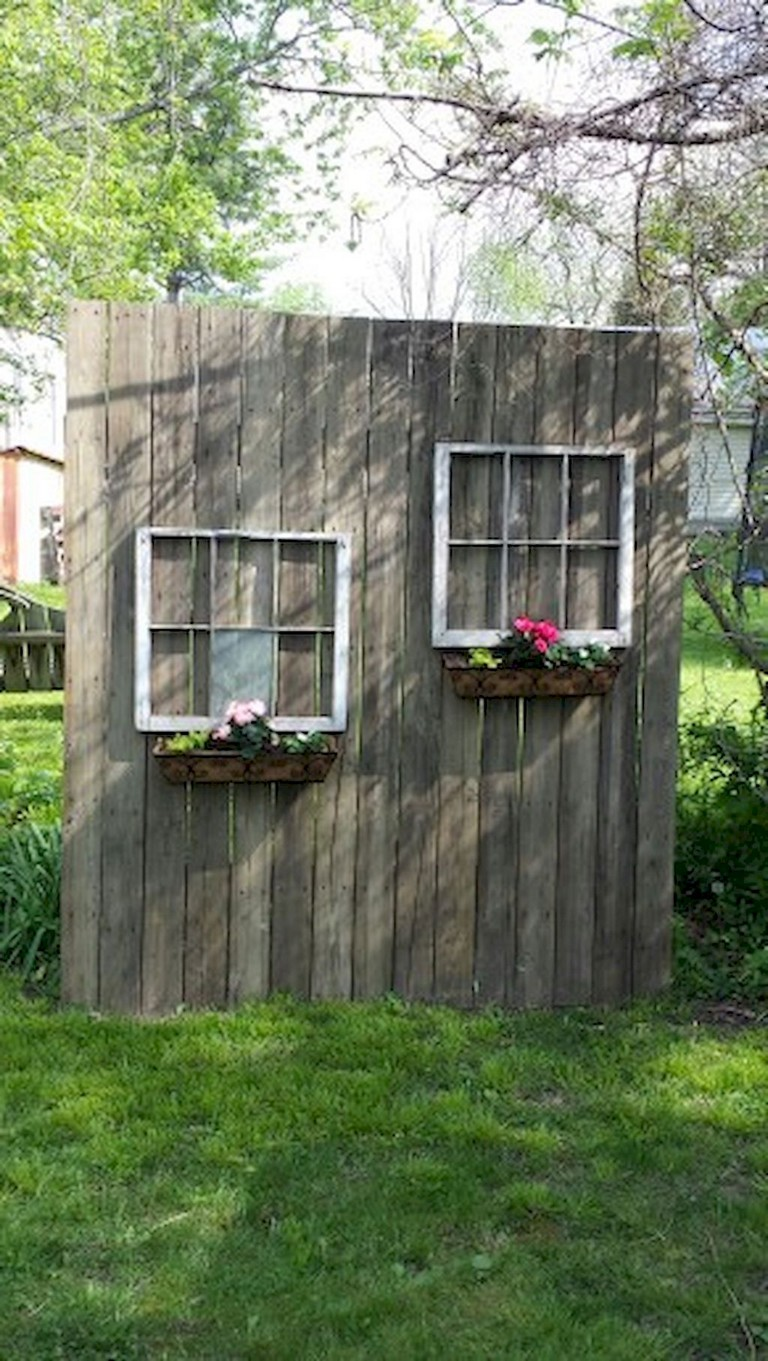 80+ Creative DIY Privacy Fence Ideas on Decorations For Privacy Fence id=20311