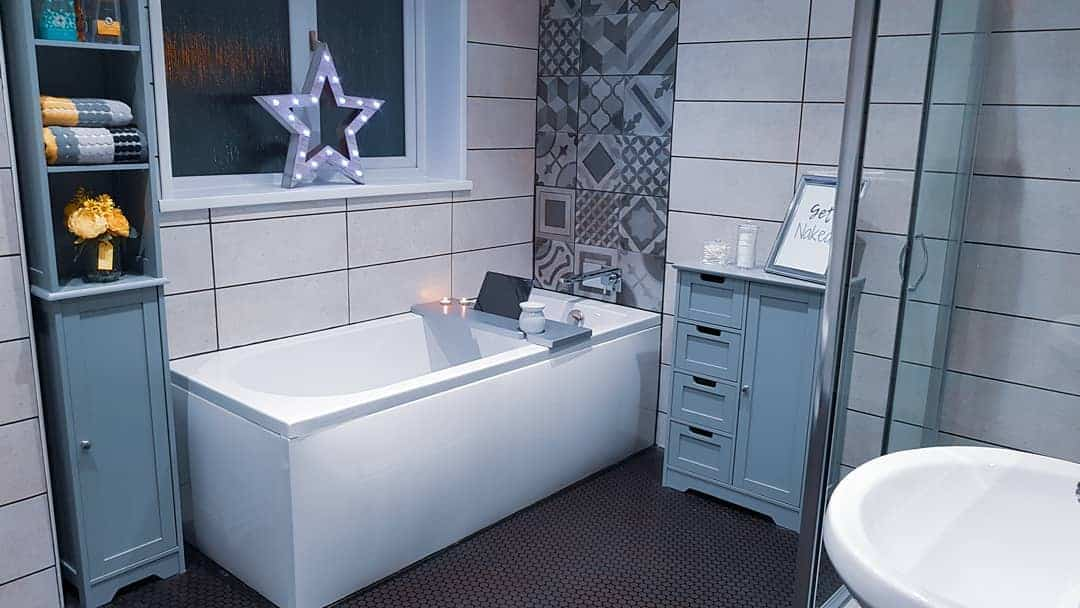 Small Bathroom Trends 2020: Photos And Videos Of Small ... on Small Bathroom Ideas 2020 id=15332