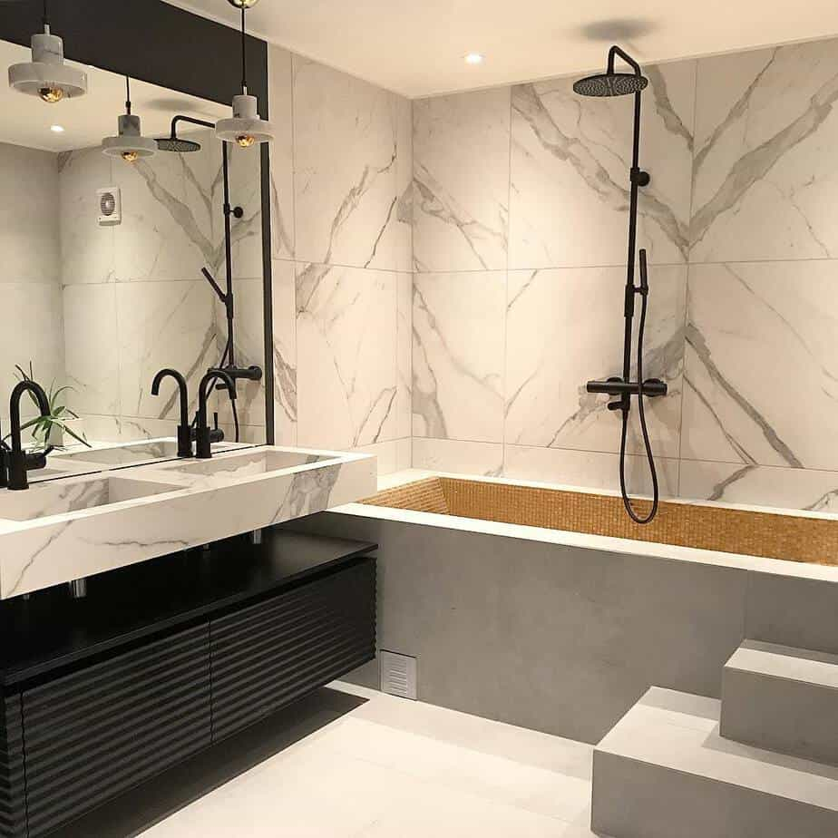 Small Bathroom Trends 2020: Photos And Videos Of Small ... on Small Bathroom Ideas 2020 id=70045